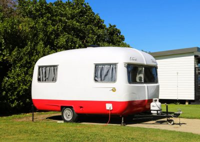 Caravan-Accommodation-Kai-Iwi-Beach.jpg