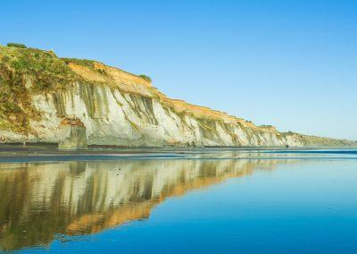 Kai-Iwi-Beach-Whanganui-Cliffs-1.jpg